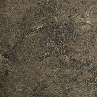 Rusvai rudas akmuo