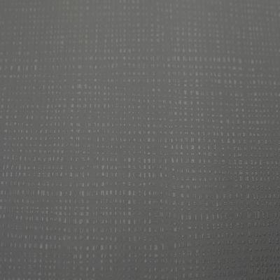 Tamsiai ruda, iškili tekstūra