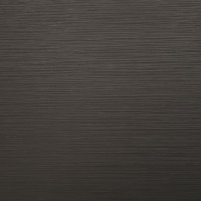 Tera tamsi ( pilkai ruda ) gilios tekstūros