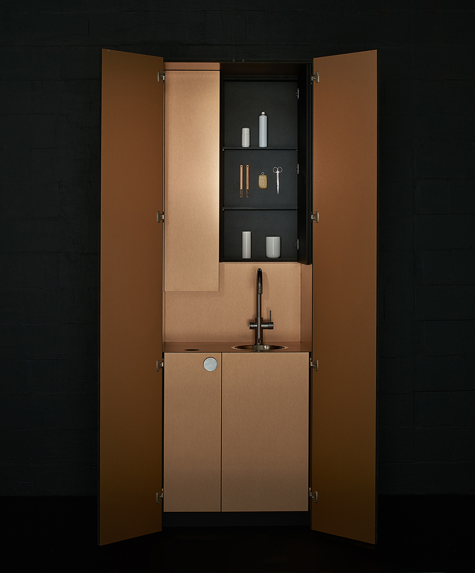 Grohe Red Dresser